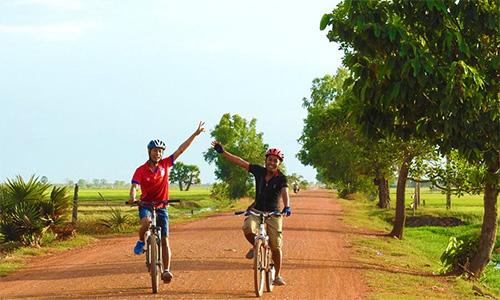 カンボジア自転車ツアー