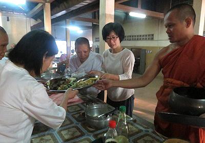 お寺の朝食