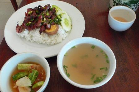 カンボジアの朝ごはん