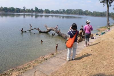 カンボジア・スラ・スラン