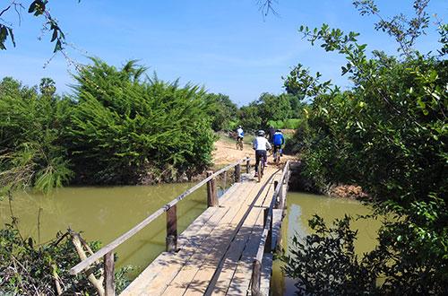 カンボジア・サイクリングツアー2014 アンコール遺跡&田舎道を走る 8日目 西バライ6