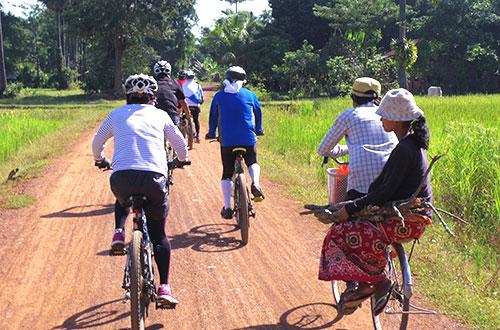 カンボジア・サイクリングツアー2014 アンコール遺跡&田舎道を走る 8日目 西バライ7