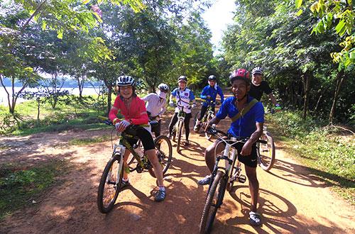 カンボジア・サイクリングツアー2014 アンコール遺跡&田舎道を走る