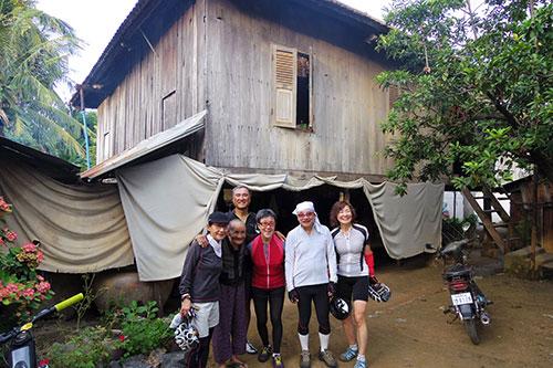 カンボジア・サイクリングツアー2014 アンコール遺跡&田舎道を走る 2日目 プノン・サンパウ13
