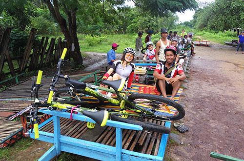 カンボジア・サイクリングツアー2014 アンコール遺跡&田舎道を走る 3日目 バンブートレイン3