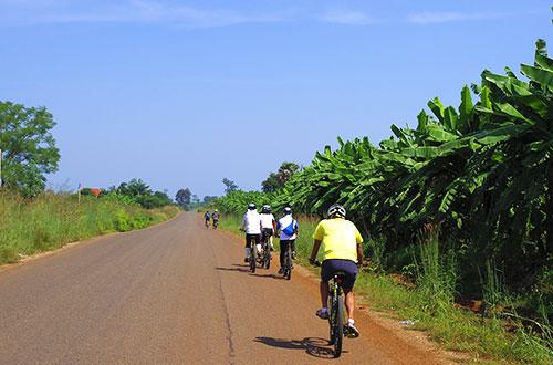 カンボジア・サイクリングツアー2014 アンコール遺跡&田舎道を走る 4日目 コーケー遺跡群4