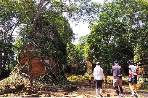 カンボジア・サイクリングツアー2014 アンコール遺跡&田舎道を走る 4日目 コーケー遺跡群7