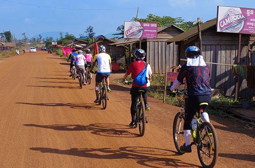 カンボジア・サイクリングツアー2014 アンコール遺跡&田舎道を走る 5日目 プレアヴィヒア5