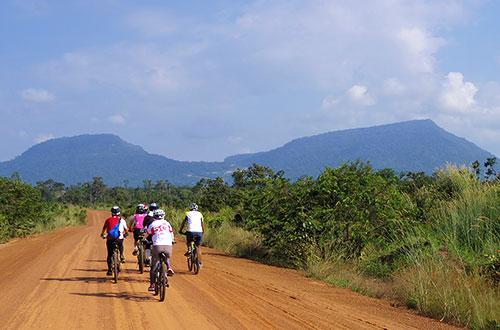 カンボジア・サイクリングツアー2014 アンコール遺跡&田舎道を走る 5日目 プレアヴィヒア7