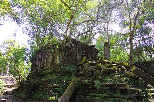 カンボジア・サイクリングツアー2014 アンコール遺跡&田舎道を走る 6日目 ベンメリア遺跡2