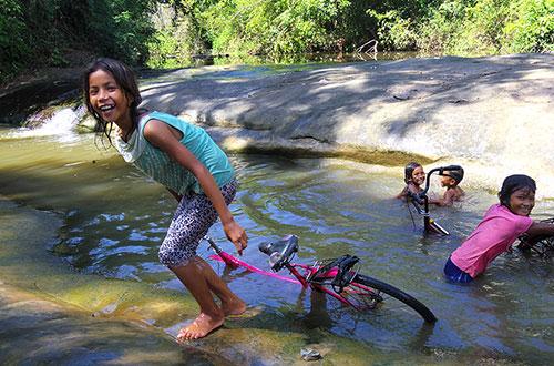 カンボジア・サイクリングツアー2014 アンコール遺跡&田舎道を走る 6日目 ベンメリア遺跡5