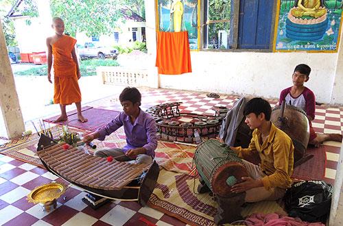 カンボジア・サイクリングツアー2014 アンコール遺跡&田舎道を走る 7日目 アンコールワット&アンコールトム1