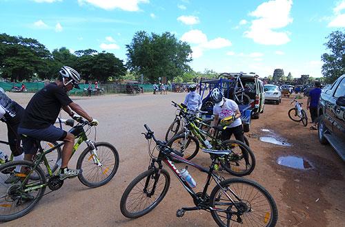 カンボジア・サイクリングツアー2014 アンコール遺跡&田舎道を走る 7日目 アンコールワット&アンコールトム2
