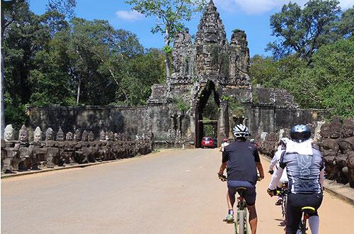 カンボジア・サイクリングツアー2014 アンコール遺跡&田舎道を走る 7日目 アンコールワット&アンコールトム3