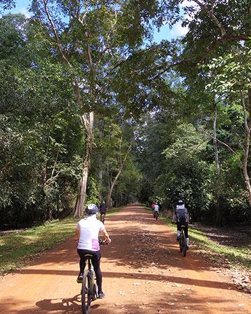 カンボジア・サイクリングツアー2014 アンコール遺跡&田舎道を走る 7日目 アンコールワット&アンコールトム7