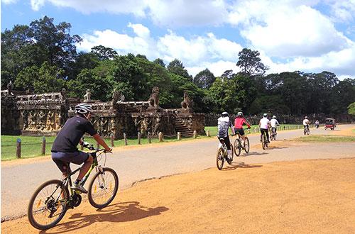 カンボジア・サイクリングツアー2014 アンコール遺跡&田舎道を走る 7日目 アンコールワット&アンコールトム8