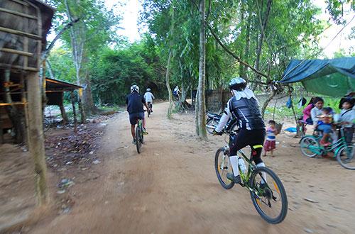 カンボジア・サイクリングツアー2014 アンコール遺跡&田舎道を走る 7日目 アンコールワット&アンコールトム18