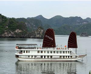 ジャンク船(ハロンジンジャー号)に泊まるハロン湾1泊2日ツアー