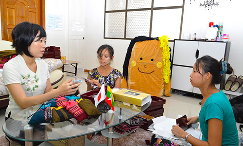 ミャンマーで海外インターンシップ
